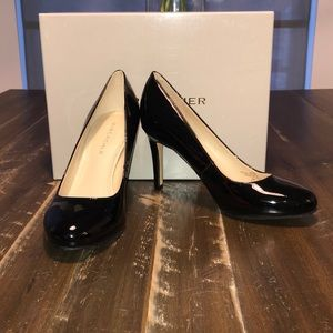 NewMarc Fisher Chris Round Toe Blk Patent 5.5 NWB